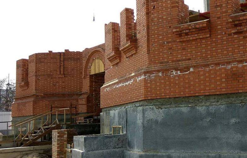 Прошел почти год с начала стройки собора Александра Невского