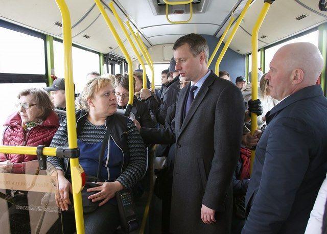 Волгоградцы пожаловались на нехватку автобусов