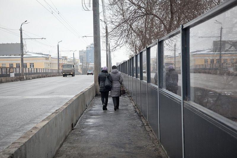 Подрядчик поплатился за плохой ремонт Комсомольского путепровода