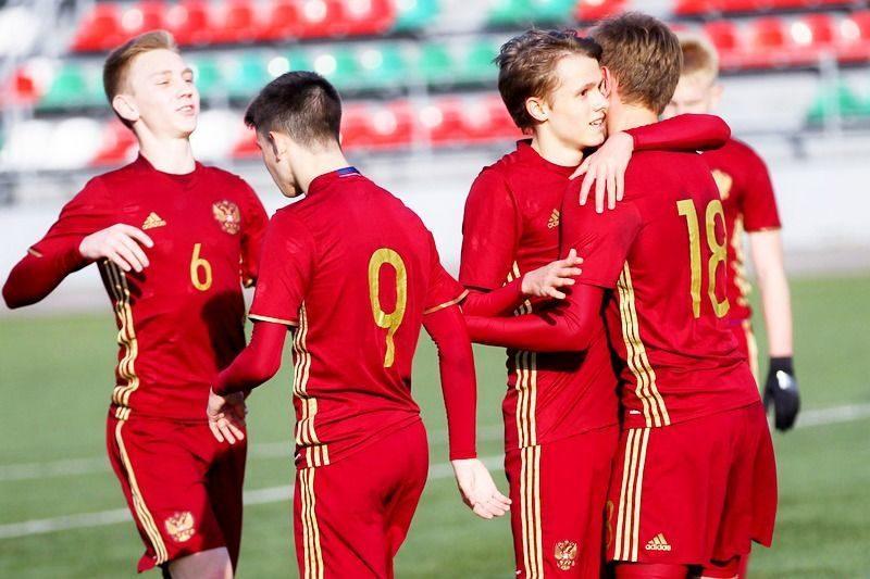 Российские юноши обыграли венгерский клуб