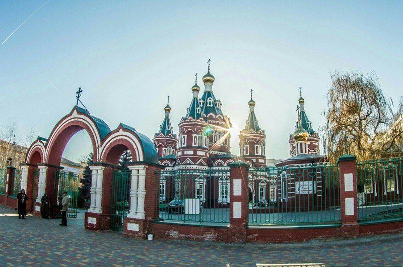 В Волгоград доставили мощи Матроны Московской и трех святителей