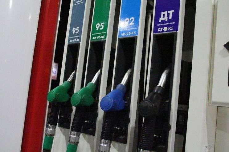 В Волгограде дорожает топливо