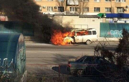 В Волгограде на СХИ горит «Газель»
