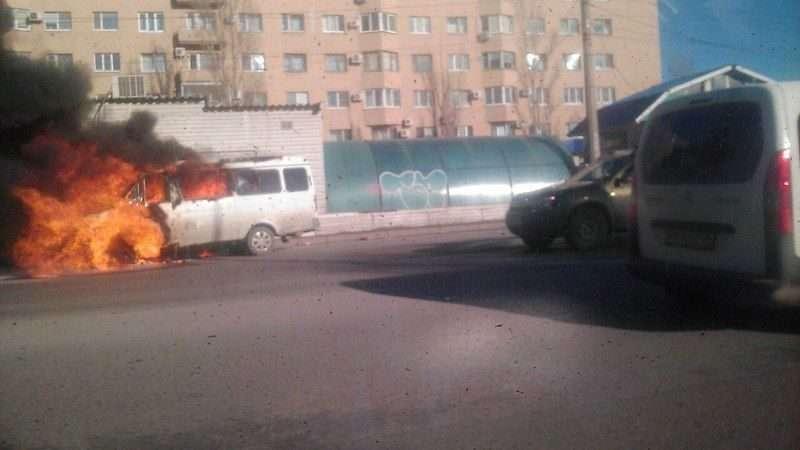 """В Волгограде на СХИ горит """"Газель"""""""