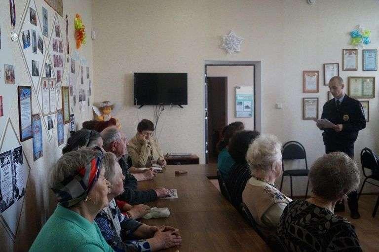 Волгоградских пенсионеров призвали к бдительности