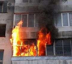 На юге Волгограда при пожаре пострадал пенсионер