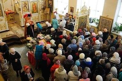 Охранять жителей Волгоградской области в день празднования Пасхи будут свыше 3 тысяч полицейских
