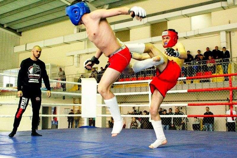 Бойцовский турнир во Фролово