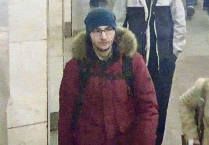 В СМИ попала фотография предполагаемого смертника, взорвавшего вагон метро в Петербурге