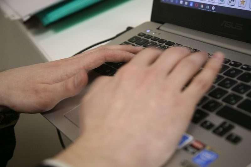 Публикации в соцсетях в два раза чаще стали причиной увольнения или неприема на работу