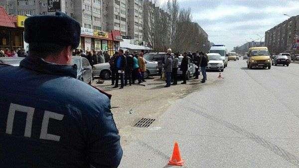 В Волжском столкнулись шесть автомобилей: есть пострадавшие
