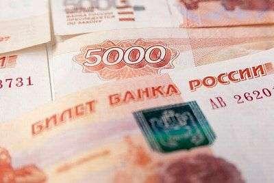 В Волгограде бизнесмен должен 125 тысяч рублей дворникам