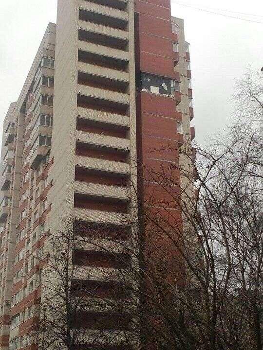 Причиной ЧП в жилом доме в Петербурге стали строительные работы