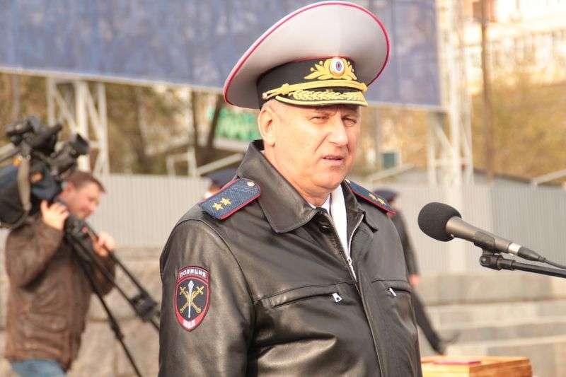 Начальник регионального МВД задекларировал раритетный мотоцикл