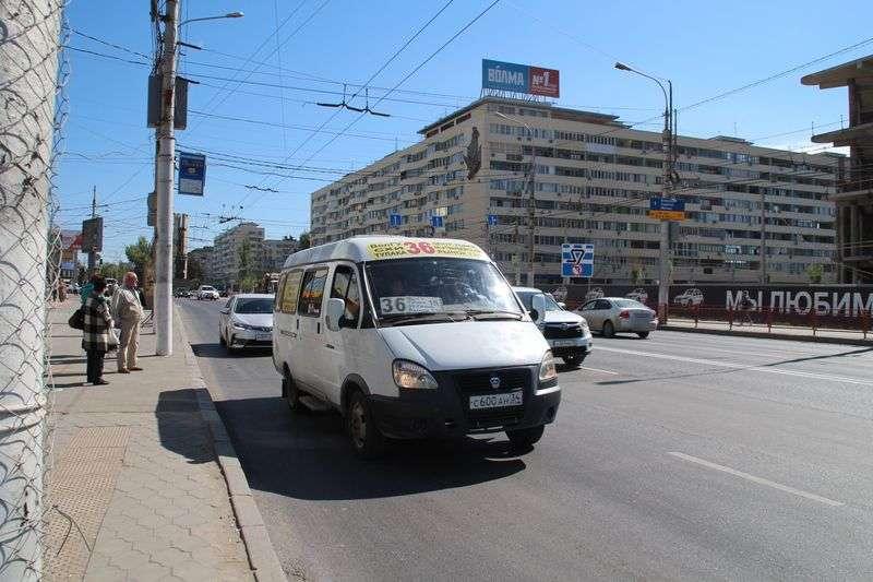 Судьбу волгоградских маршруток будут решать в Саратове