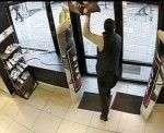 Волгоградец попытался украсть джинсы из «Зары»