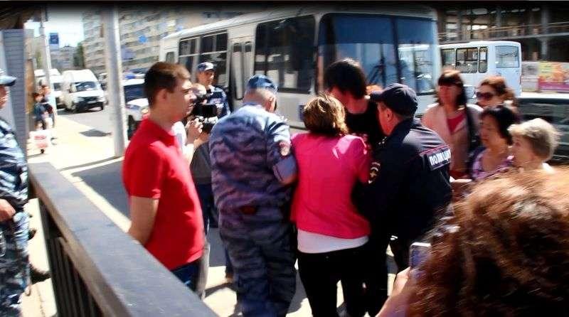 Полиция отчиталась о задержании торговцев Ворошиловского рынка