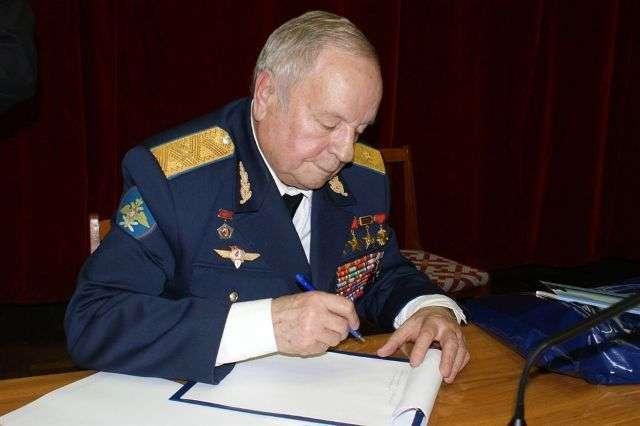 На 83-м году жизни скончался космонавт Виктор Горбатко
