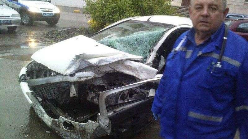 В Волжском водитель на Chevrolet Lacetti устроил массовое ДТП. ФОТО