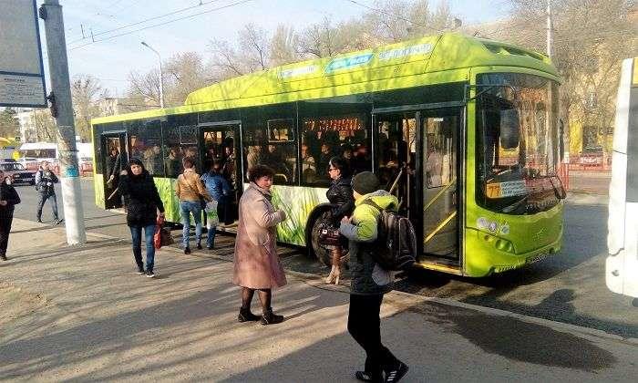 В Волгограде летом установят 86 остановочных павильонов