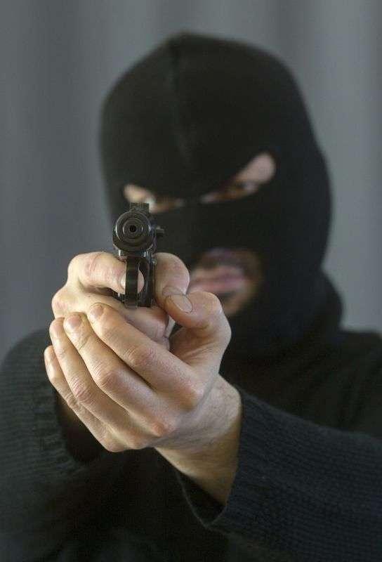 В Камышине преступники ранили в голову инспектора ДПС