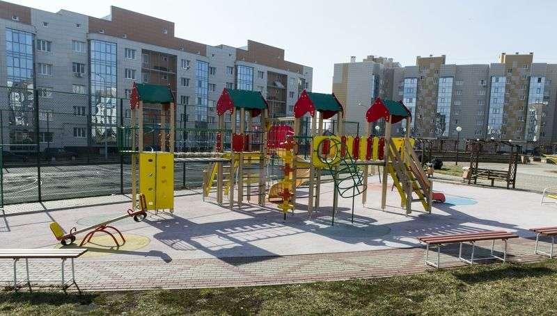 Во дворах Тракторозаводского района установят детские площадки