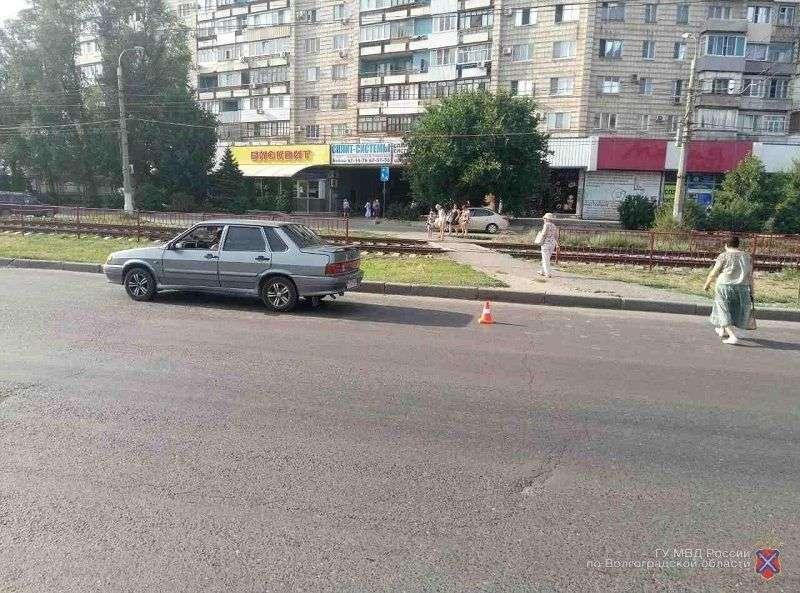 В Красноармейском районе сбили двух школьниц