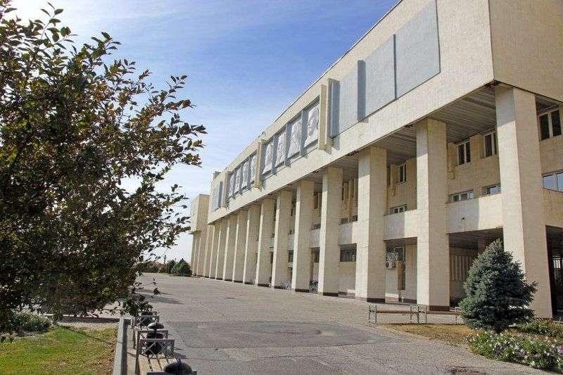 Студенты ВолГУ просят не реорганизовывать физико-технический институт