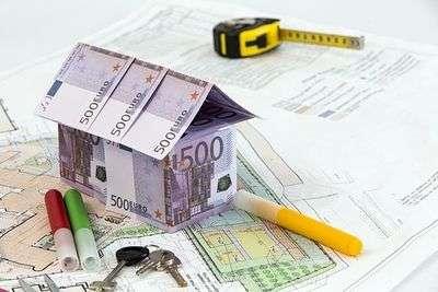 В Волгограде коммерсант задолжал два миллиона рублей своим работникам