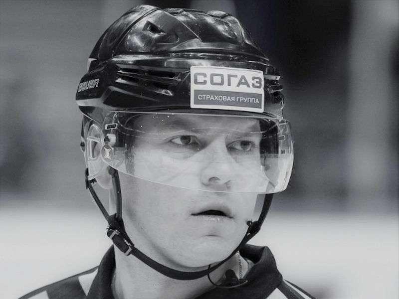 Ушел из жизни хоккейный арбитр Михаил Бутурлин