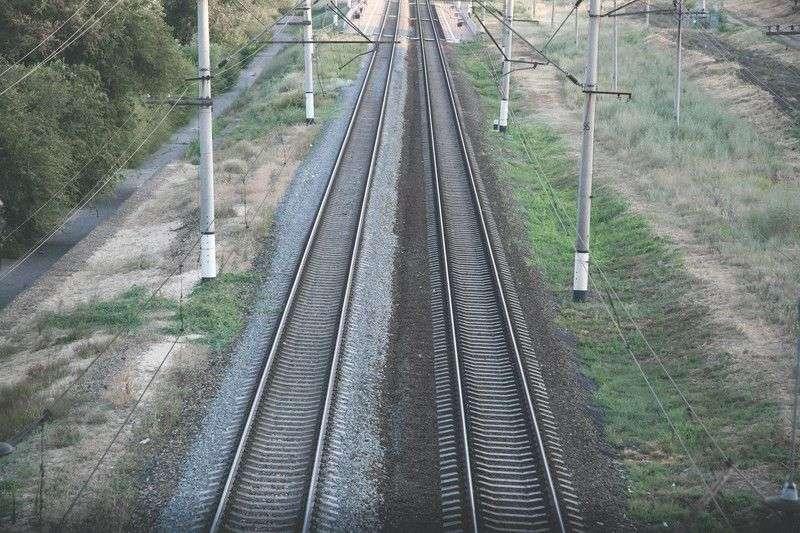 В Волгограде на перегоне Ельшанка-Бекетовская поезд сбил мужчину