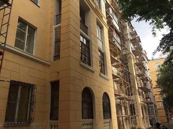 В Волгограде в жилых памятниках архитектуры заканчивают капремонт