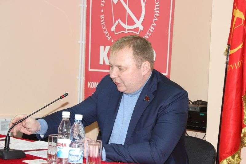 Николай Паршин ушел от волгоградских коммунистов