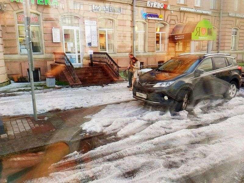 Стихия в Санкт-Петербурге. Видео