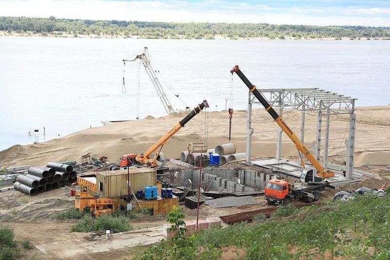 Волгоградские власти проверили стройку комплекса водоочистки