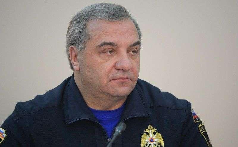 В Волгоград прилетел глава МЧС России
