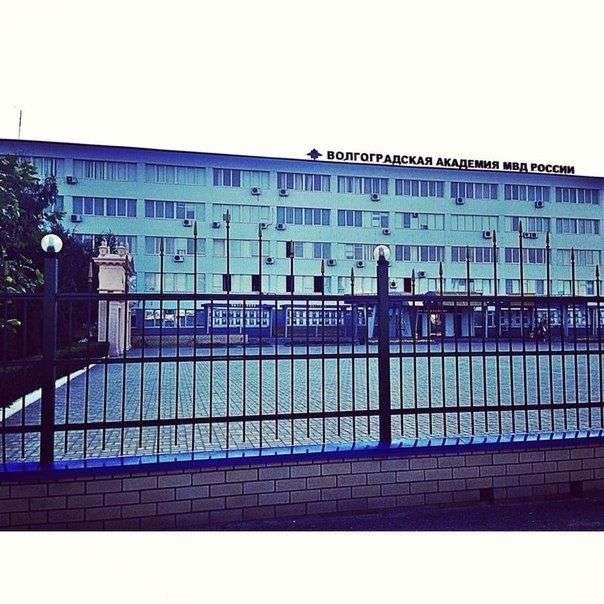 В Волгограде проверили празднование выпускного курсантами МВД