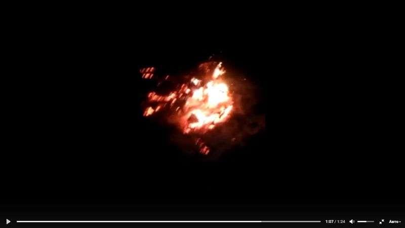 В Волго-Ахтубинской пойме бушует крупный пожар