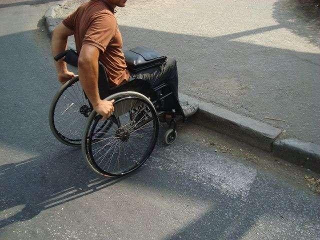 Инвалидам Волгоградской области закупят коляски почти на 25 миллионов