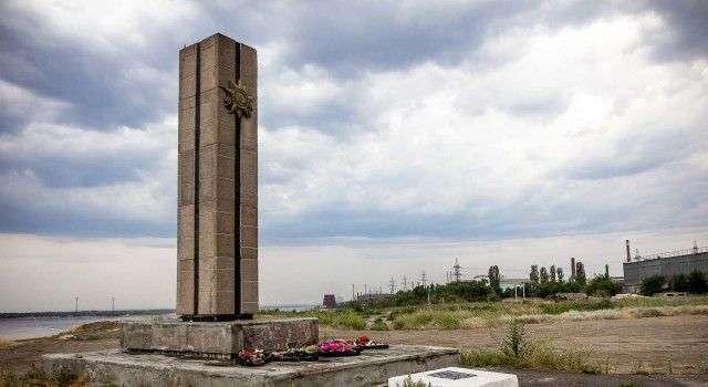 Администрацию Волгограда обязали взять на баланс заброшенные братские могилы
