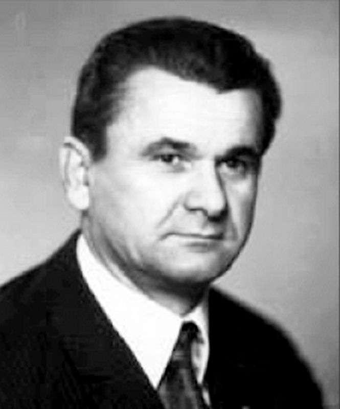 Ушел из жизни Николай Хомутинников
