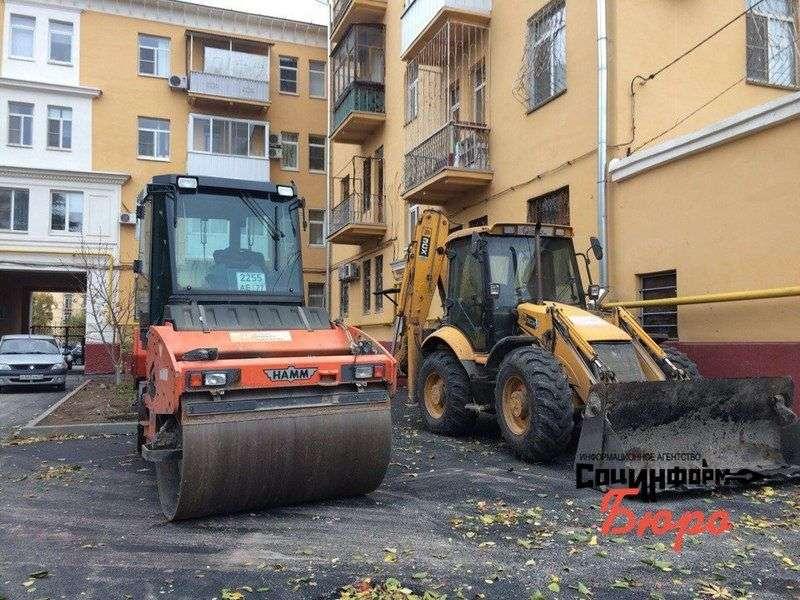 Ломать – не строить: Волгоградцы недовольны благоустройством дворов