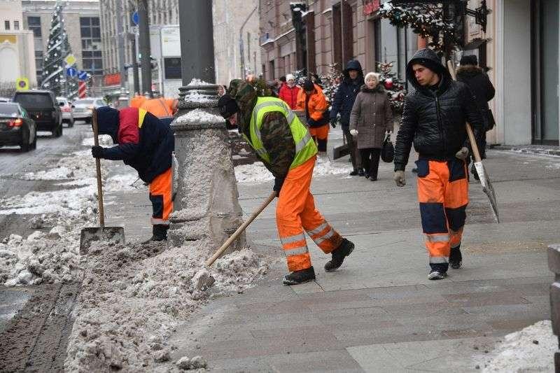 Советский и Тракторозаводский районы стали лучшими по уборке снега