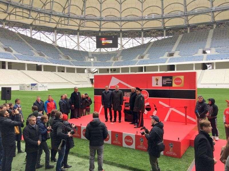 В Волгоград приехал самый желанный в мире футбольный трофей