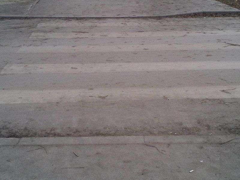 На юге Волгограда автоледи сбила 6-летнюю девочку