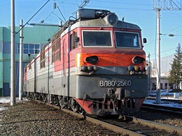 Работники депо в Петров Вале наворовали запчастей с проезжающих локомотивов на 600 тысяч
