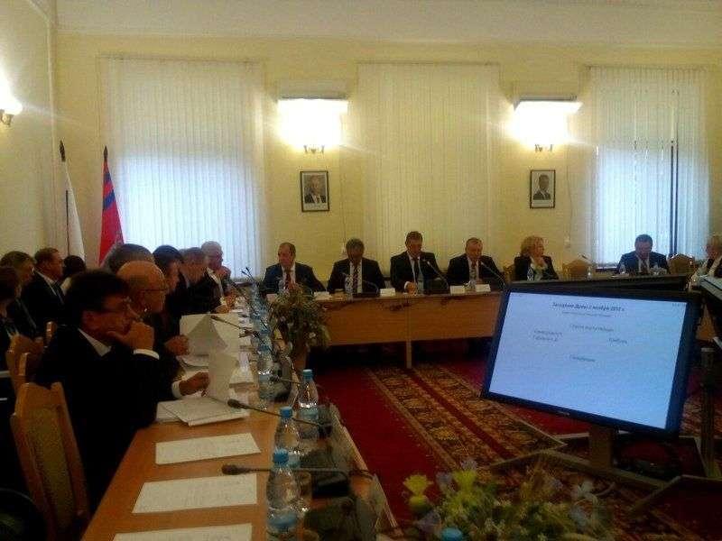Депутаты дали добро на проведение референдума по переводу часов