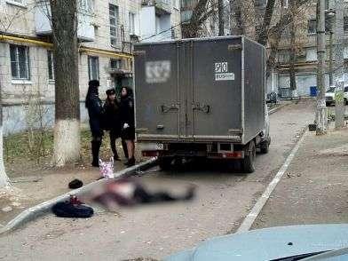 В Волгограде грузовая Газель насмерть сбила пенсионерку
