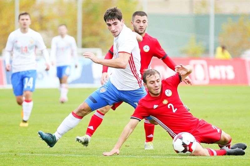Российская «молодежка» обыграла Армению. Видео