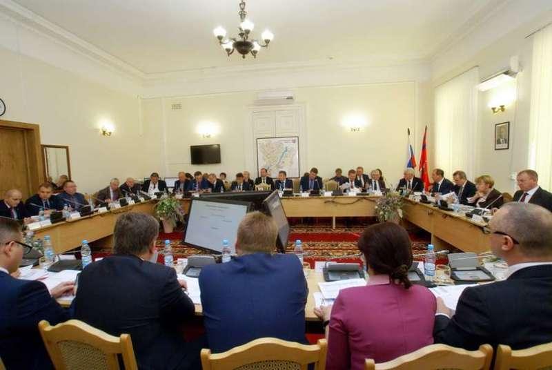 Бюджет региона приняли без дефицита